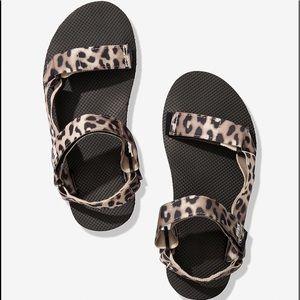 VS Pink Leopard Prints Festival Sandal